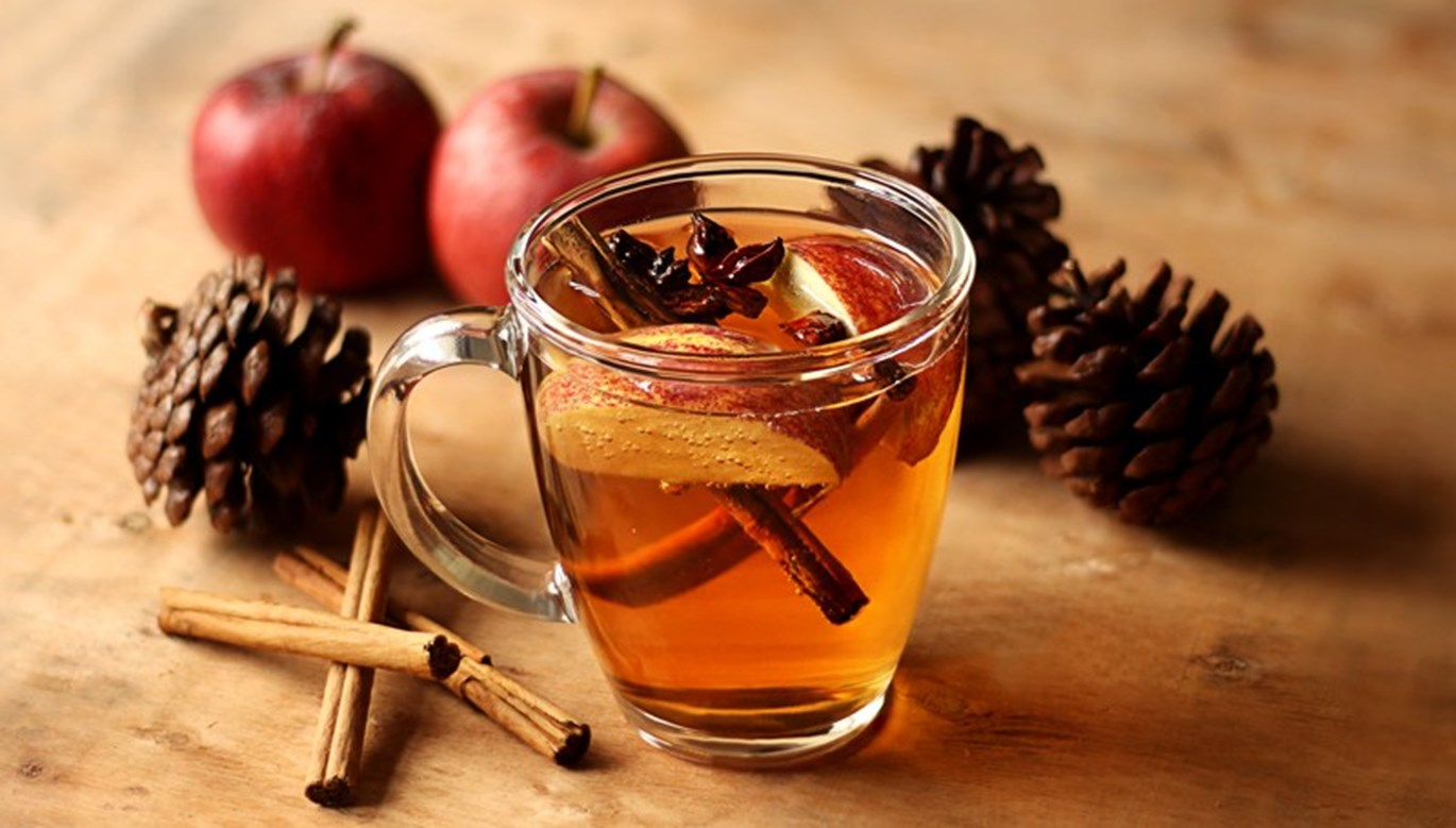 Apple Spiced Bourbon Toddy Recipe